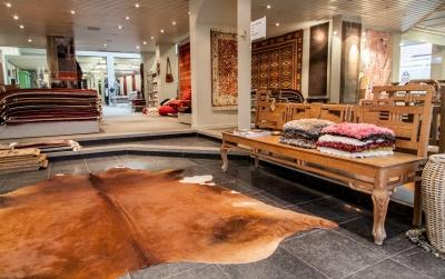 Voor duurzame tapijten, prachtige kurkvloeren, echt parket of andere soorten vloerbekleding, is er maar één adres: Tapiroe in Aarschot.